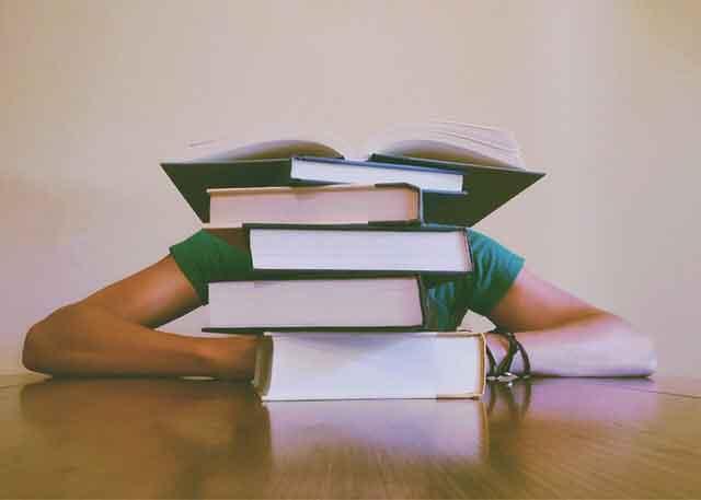 四川公交车爆炸 1男子有重大作案嫌疑全力抓捕中