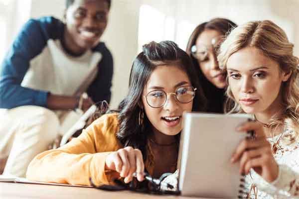 专家解释15亿外光年外的讯号,扯到外星人就耸人听闻了
