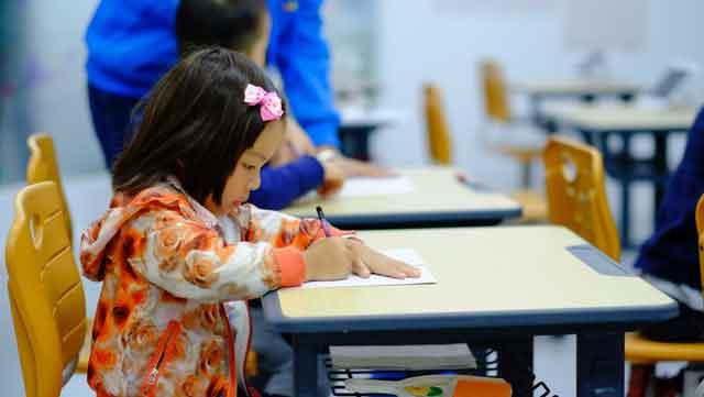 林志玲给网红伴舞新闻介绍?林志玲为什么要给网红伴舞被吐槽掉档
