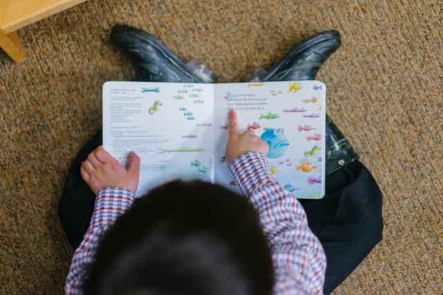 王源录节目意外曝光家中内景 全家吃饭的凳子成亮点竟是这样的