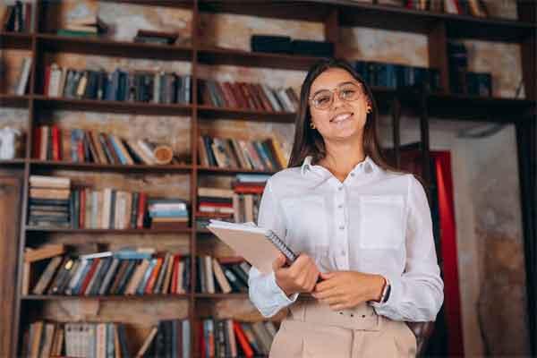 苹果或发布三款新机