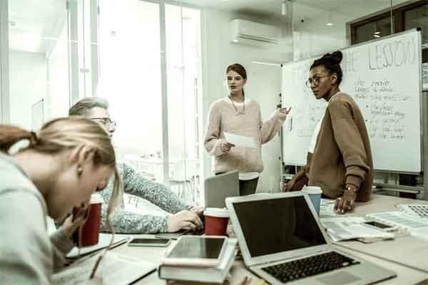 简述康熙帝为什么三次亲征噶尔丹的经过