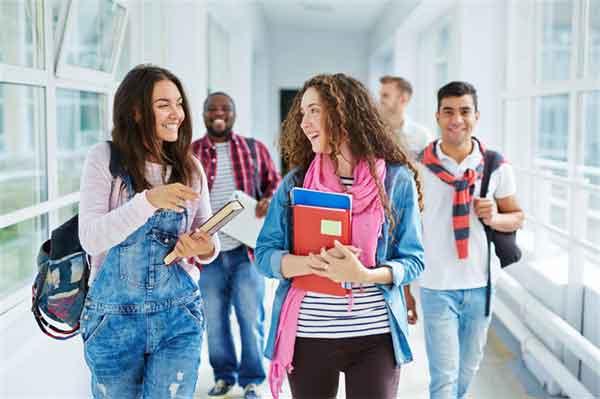 长安君成蟜的母亲就是秦王嬴政的母亲赵姬?