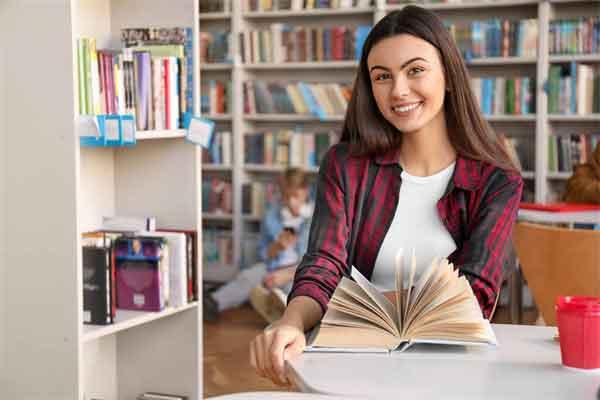 李自成破城在即崇祯皇帝为什么不迁都