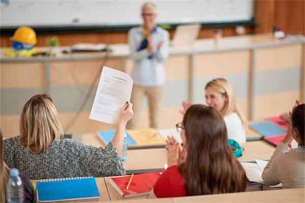 金朝皇帝金章宗完颜璟家族是怎样一个家族?