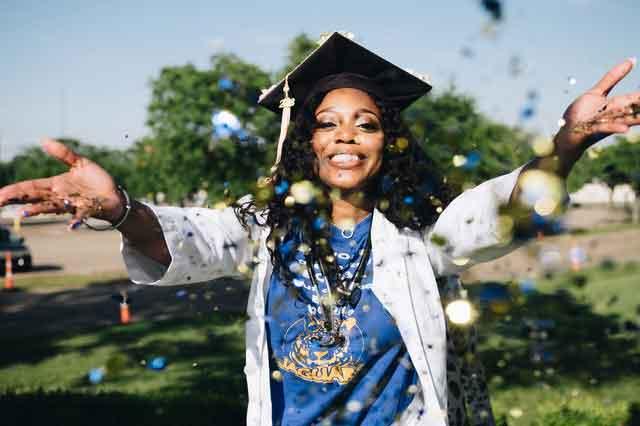 揭秘:曹操以盗墓来充军费,那刘备呢?