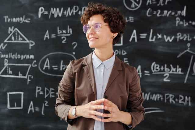 第一届澳门电影节开幕 江一燕影片入围送祝福