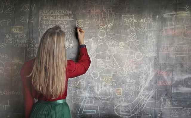 广东连平洪水7人死亡11万人受灾 村庄交通中断失联成孤岛 灾区现场图片曝光